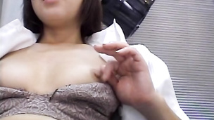 Asian milf getting some from an Asian guy┬┤s flesh meat